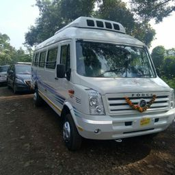 Hire Manik Tours and Travels Bus