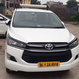Hire 6 Seater Toyota A/C Bus in Delhi NCR