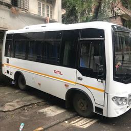 Hire 13 Seater Isuzu  A/C Bus in Mumbai